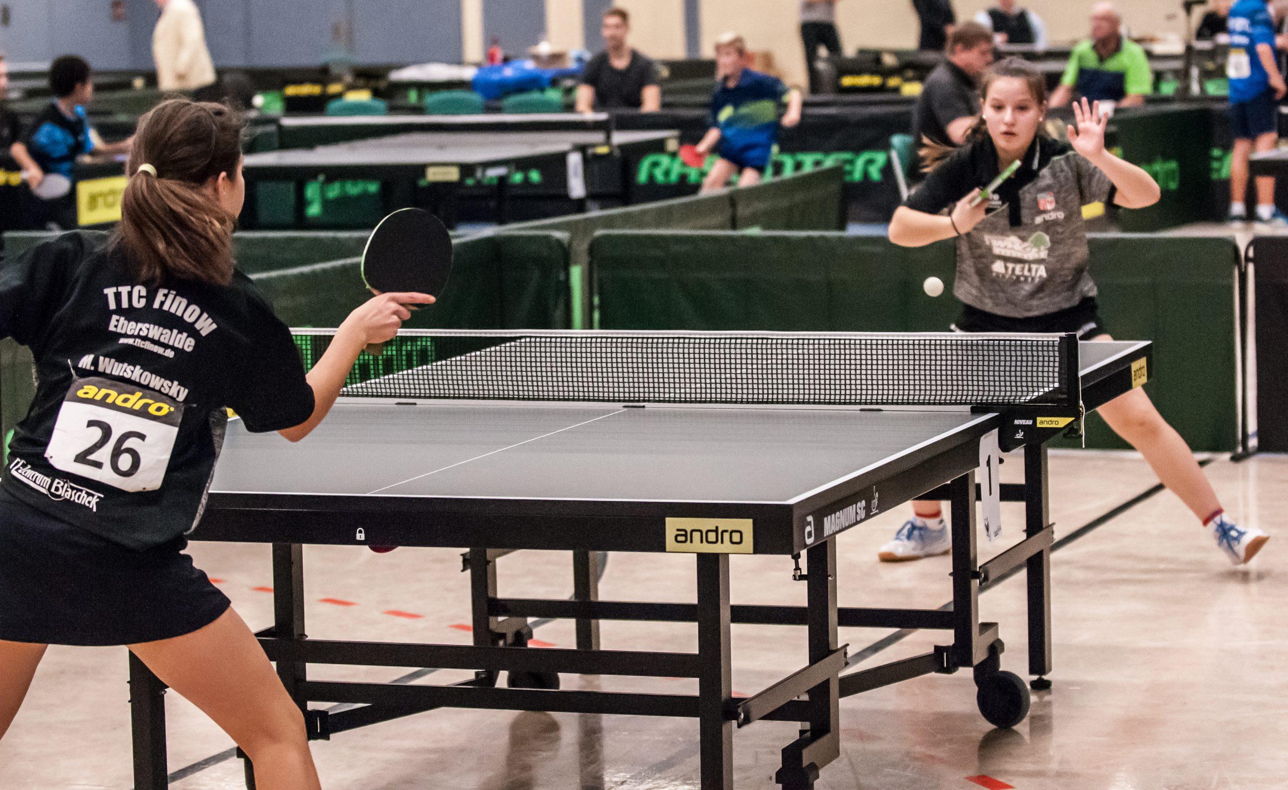 Finale bei den A-Schülerinnen Michelle Wutskowsky gegen Chiara Baltus